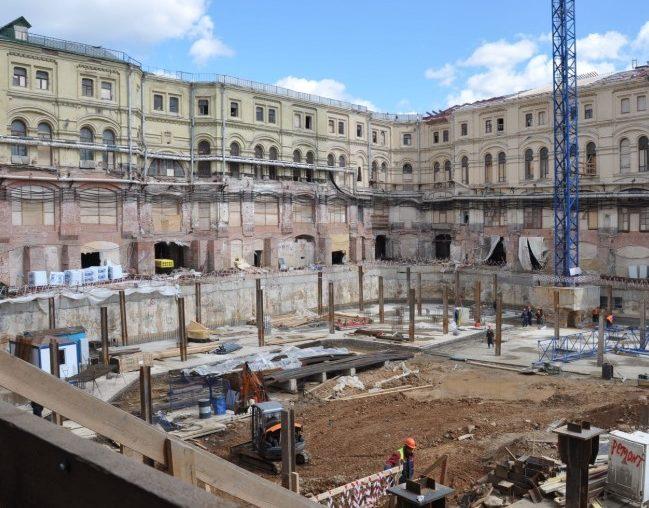 Реконструкция комплекса «Средние торговые ряды» на Красной площади
